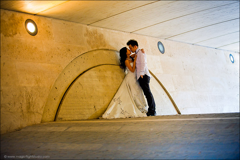 The kiss bridge, Pre wedding photography in Paris.