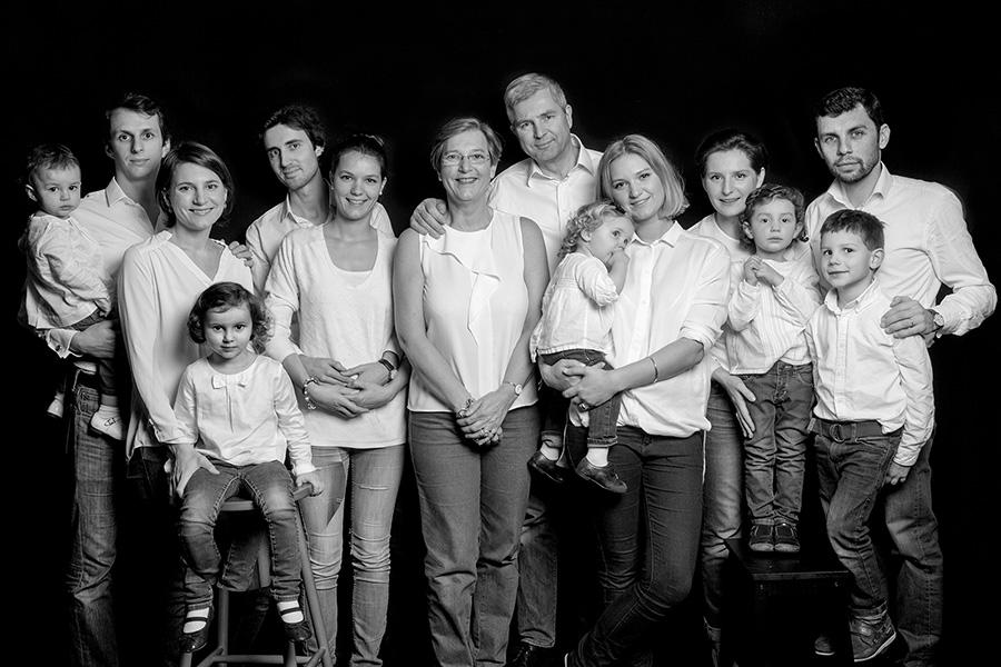 séance photo de famille à Paris, en studio