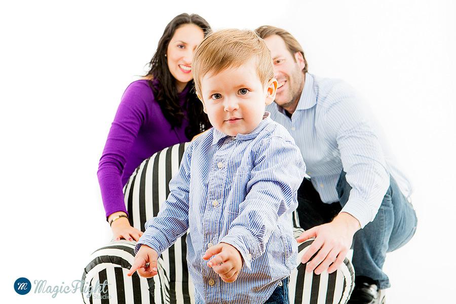 Portrait d'enfant en famille