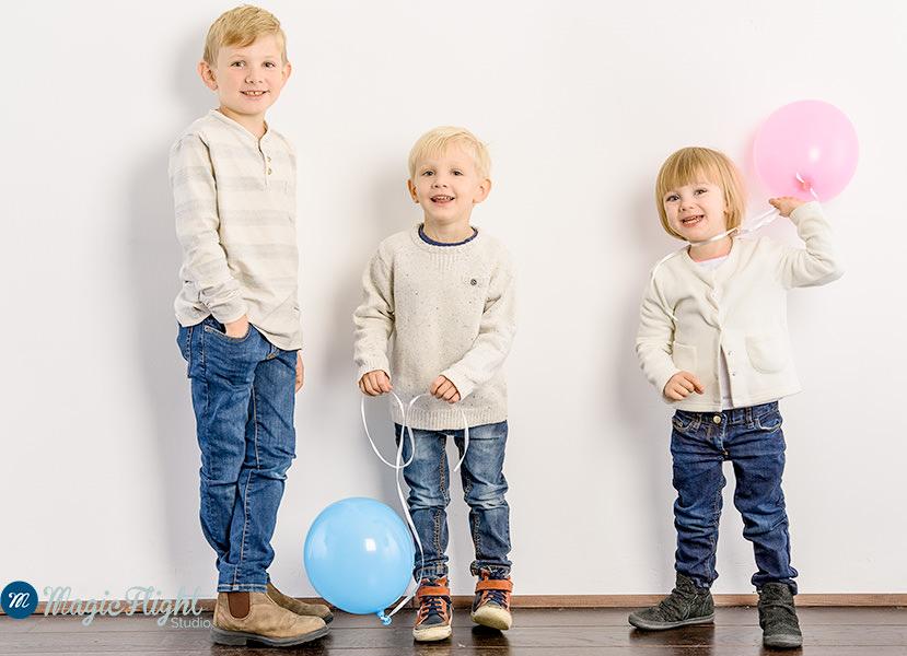 photo-famille-studio-fond-blanc