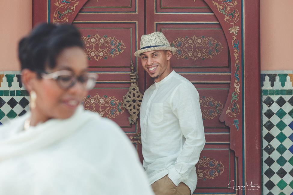Photos de couple à Marrakech, jardins de La Mamounia 9