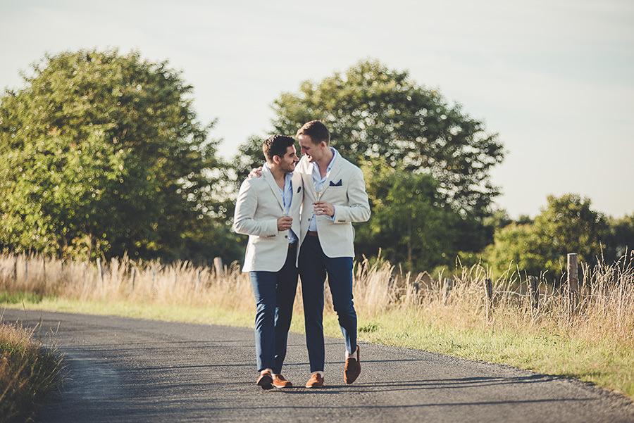 mariage très gai à la campagne 66