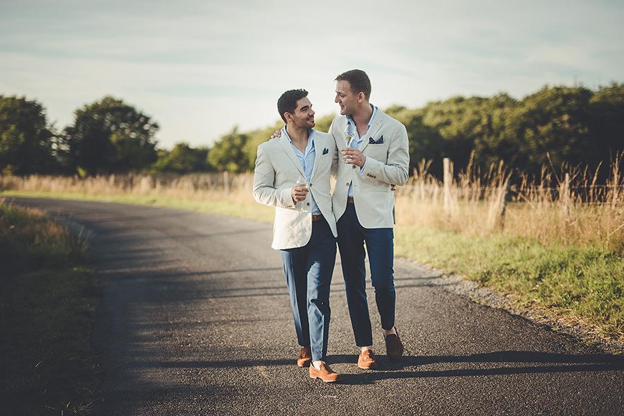 mariage très gai à la campagne 67