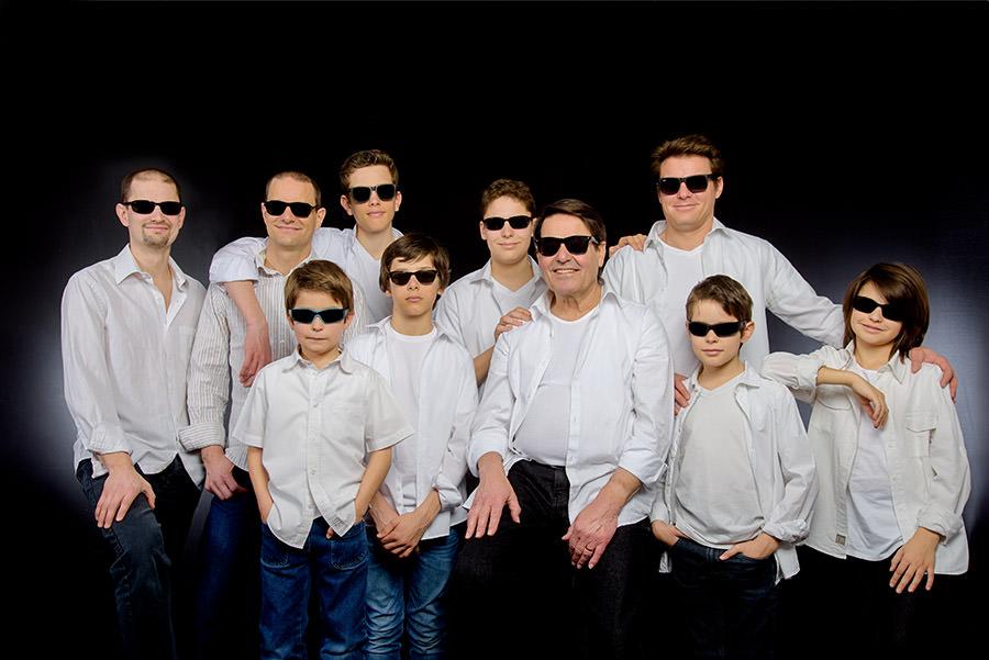 Une séance photo grande famille, en studio et tous ensemble