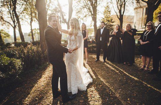 un mariage en extérieur à Paris, soleil qui se lève