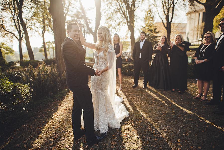 mariage intime en extérieur à Paris-presque un elopement