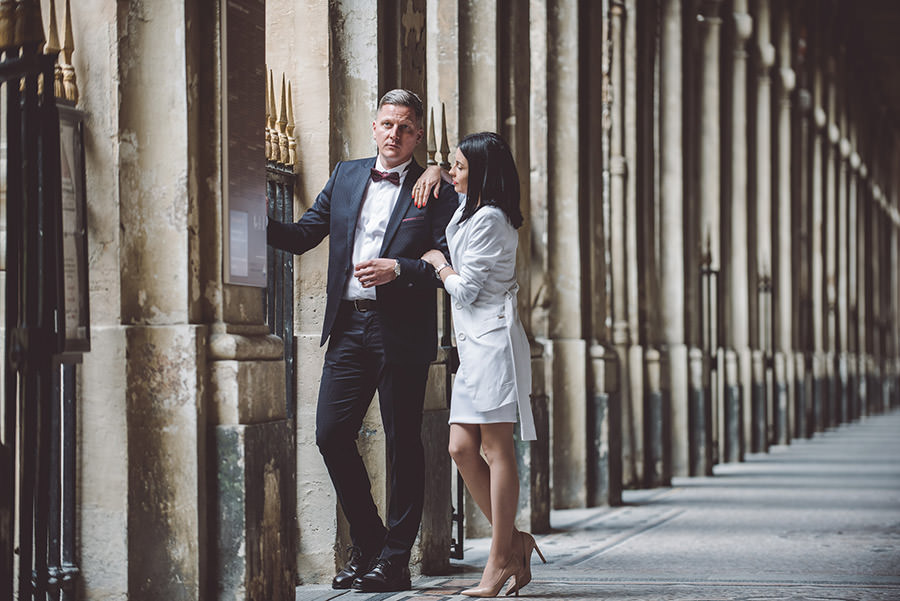 pose couple au palais royal
