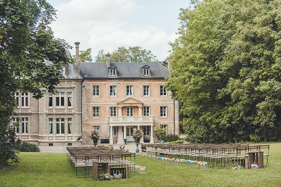 Cérémonie préparée en extérieur au château de Flixecourt Flixecourt