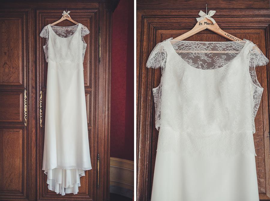les détails de la robe de la mariée