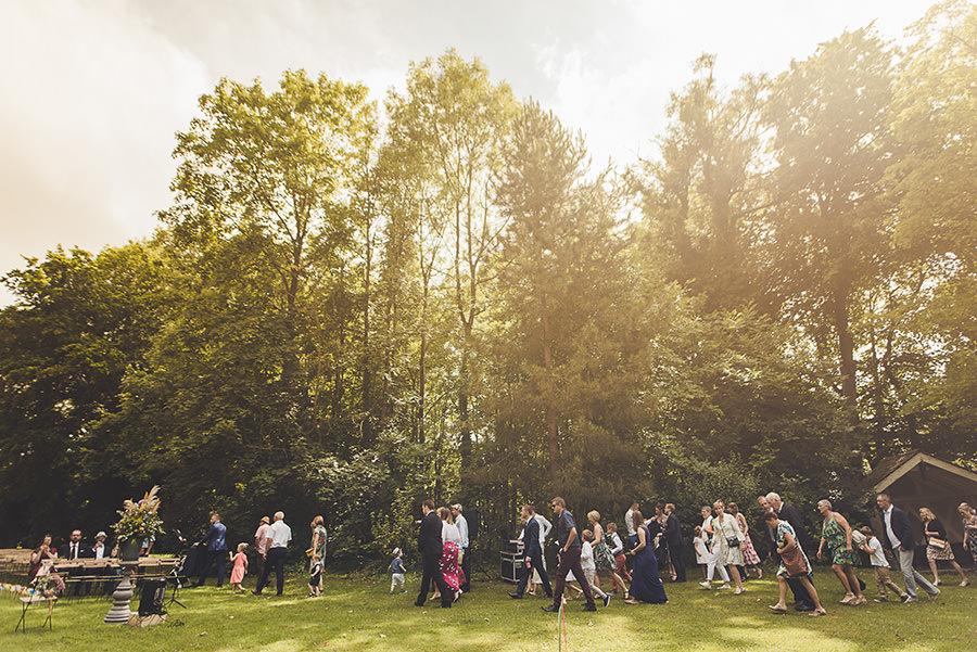 mariage au château de Flixecourt les invités arrivent
