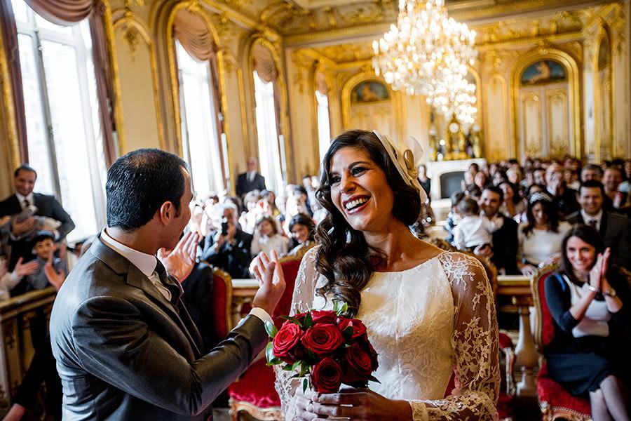 mariage juif, le marié rigole