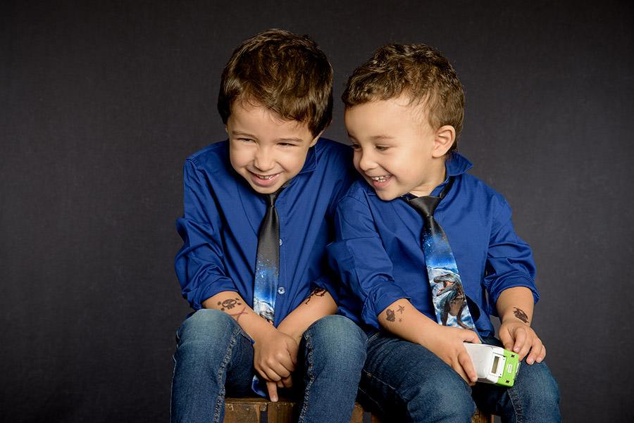 photos des 2 frères qui rient